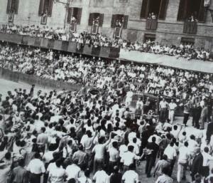 Agosto 1966 - Proteste davanti al Verrocchio